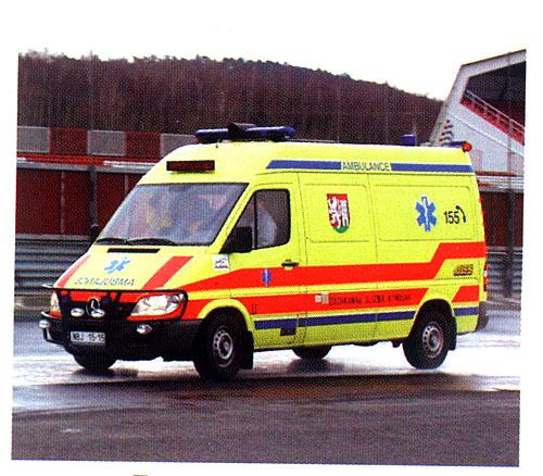 Školení Mercedes-Benz pro záchranáře