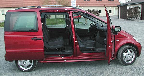 Mercedes-Benz Vaneo: špičkový variabilní kompaktní van uveden 6.dubna 2002 na náš trh