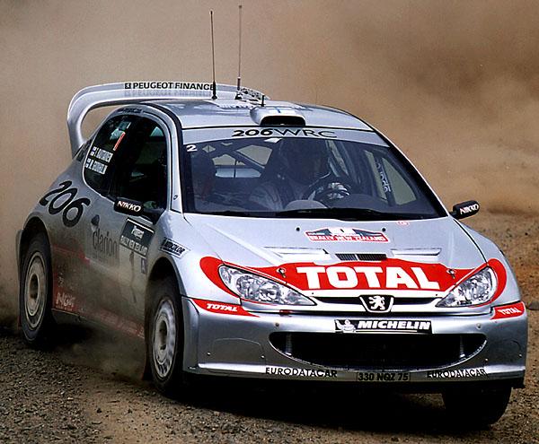 Pneumatiky Michelin vládly světovým automobilovým soutěžím i vsezoně 2001
