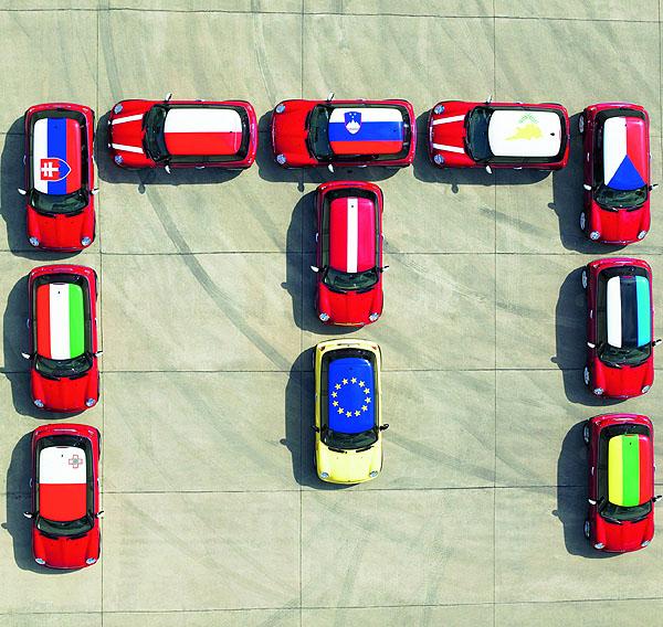 MINI Roadshow v Bruselu pro deset zemí vstupujících do EU