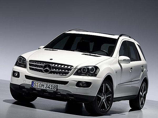 Mercedes-Benz slaví 10.výročí úspěšné Třídy M - bestselleru vnejlepší formě