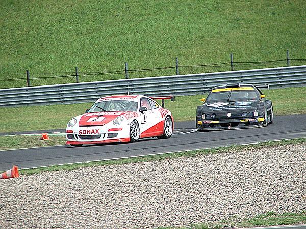 Mistrovství republiky s Mercedesy DTM na čele