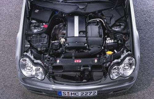 Nová špičková technika pro Mercedes-Benz Třídy C