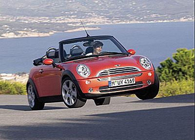 Nová modelová varianta Mini vprovedení Cabrio je skutečností