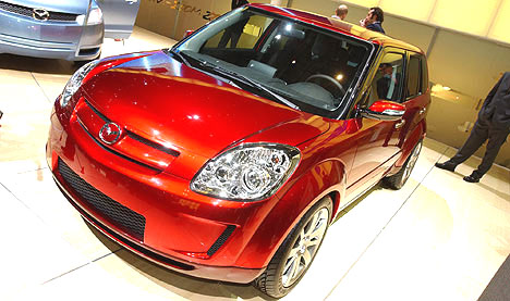 Mazda na dnes pro veřejnost zahájeném autosalónu v Ženevě
