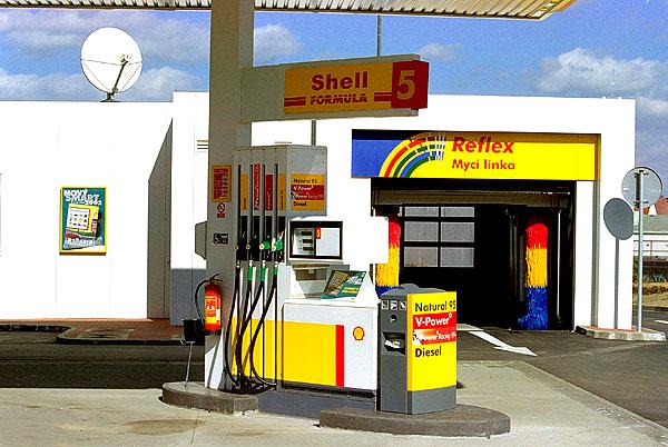Výroční tisková konference a.s. Shell Czech Republik hodnotila 24. dubna výsledky roku 2001