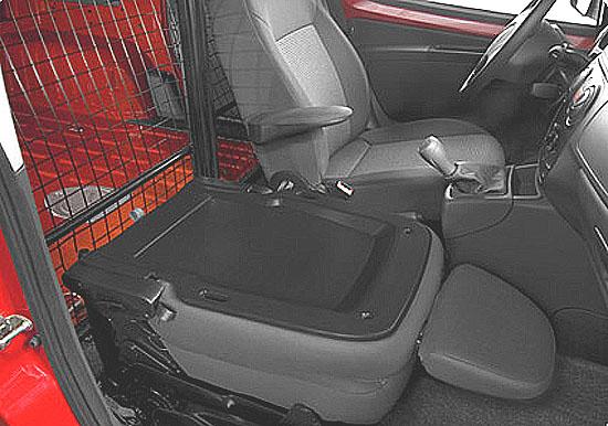 Nový Citroen NEMO: Kompaktní, inteligentně řešený, úsporný a robustní užitkový vůz