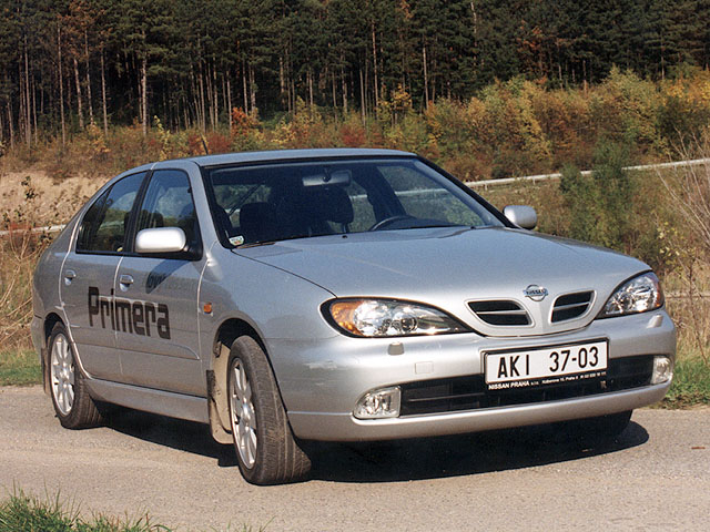 Nissan Primera 2.0 Sport – dvě převodovky v jedné