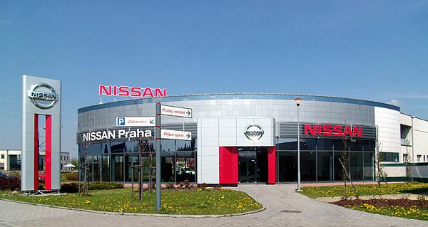 Nissan Praha otevřel novou prodejnu a servis vPrůhonicích