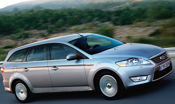 Největší model evropského Fordu - zcela nové Mondeo vlétě 2007 i na náš trh