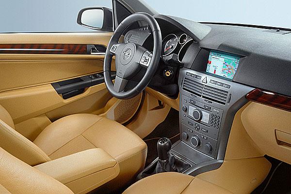 Zcela nová generace audiosystémů pro nový Opel Astra