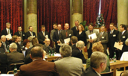 Slavnostně začalo včera 5. prosince zasedání Rady ředitelů Sdružení automobilového průmyslu