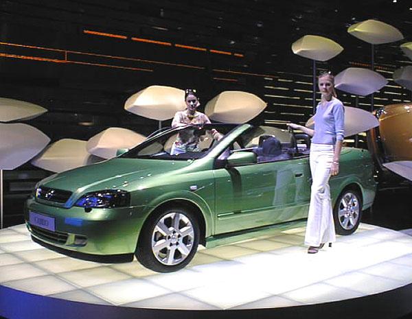 Opel představuje žhavé novinky