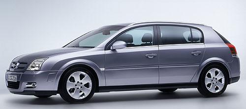 Nový Opel Signum: přizpůsobivý, inovativní, osobitý model
