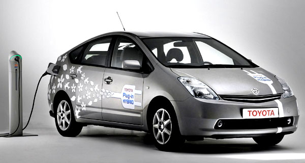 Toyota na veletrhu v Hannoveru představí poslední novinky voblasti hybridního pohonu