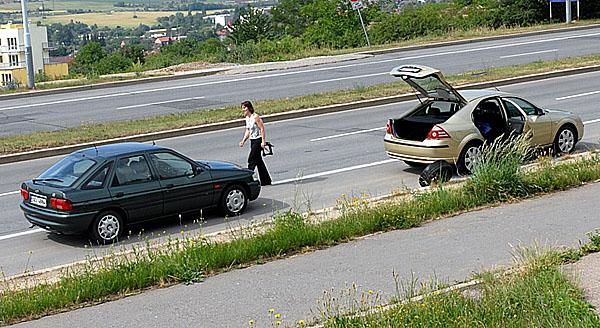 Ve středoevropském průzkumu chování řidičů nejvíc obstáli Češi
