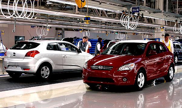 Sériová výroba třídveřového sportovního hatchbacku Kia Pro-cee´d zahájena