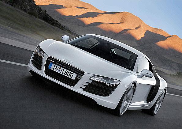 Audi R8 získalo další dvě významná ocenění