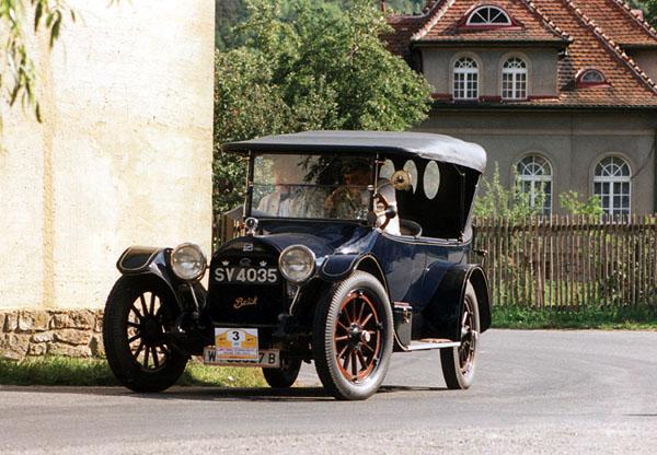 Historické automobily vokolí Prahy