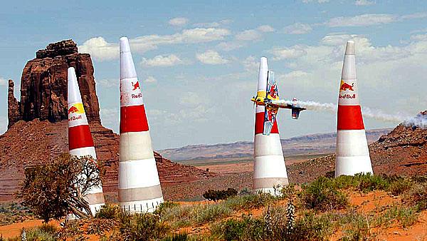 SEAT celosvětovým oficiálním partnerem závodů Red Bull Air Race