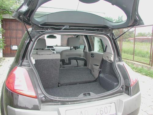 Nový Renault Megane smotorem 1,9 dCi ašestirychlostní převodovkou vtestu redakce
