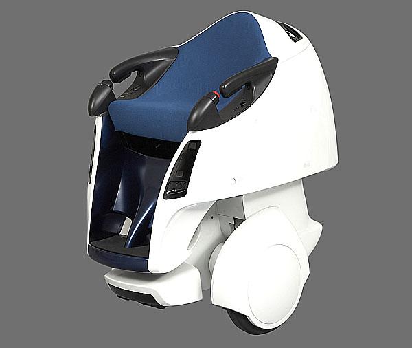 Toyota představuje robota pro osobní přepravu a robota-houslistu