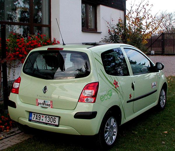 Zcela nové Renault Twingo, které přichází do prodeje na našem trhu, vtestu redakce