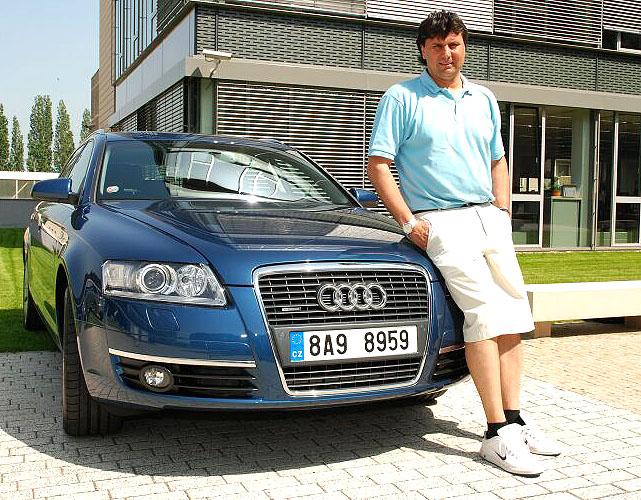 Trenér hokejového klubu HC Slavia Vladimír Růžička si vybral Audi A6 Avant