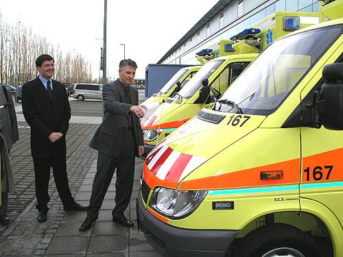 Dalších 10 Sprinterů pro Zdravotnickou záchranou službu hlavního města Prahy
