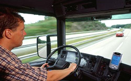 Scania používá pro správu vozového parku kapesní počítače Compaq iPAQ