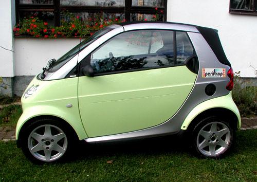 Smart cabrio sbenzinovým motorem se šestistupňovou převodovkou bez spojky vtestu redakce