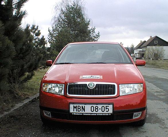 Škoda Fabia sbenzinovým motorem 1,4 vredakčním testu