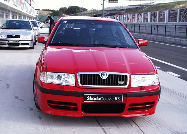 Mezinárodní představení Škody Octavia modelový rok 2001 (6. část)