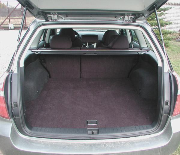 Subaru Legacy Kombi ve výbavě Active v testu redakce