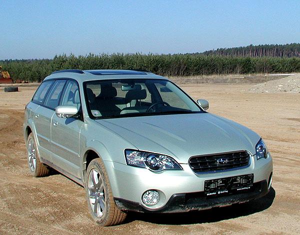 Nové Subaru Legacy Outback smotorem 3,0 a samozřejmě spohonem 4x4
