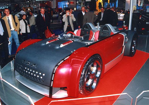 Revoluční roadster Suzuki