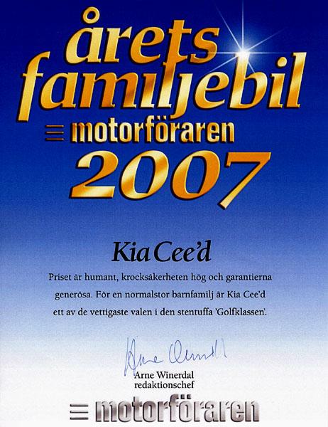 """KIA cee´d oceněn ve Švédsku titulem nejlepší """"Rodinný vůz roku"""""""