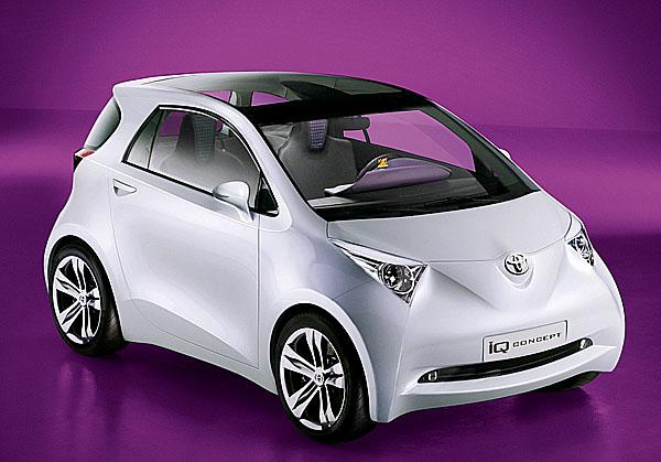 Revoluční studie ultrakompaktního vozu Toyota iQ byla představena na Autosalonu ve Frankfurtu