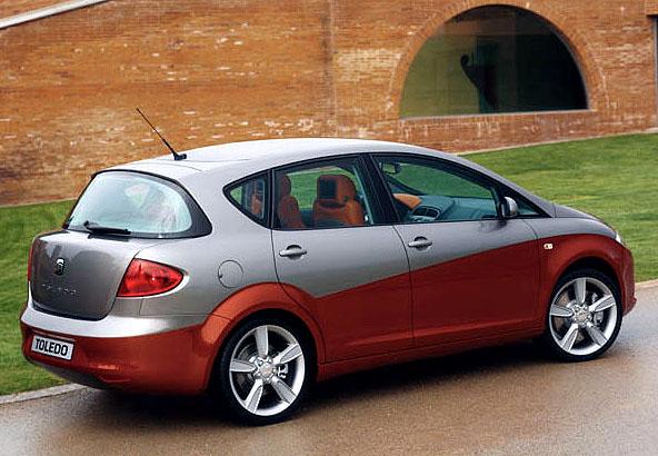 SEAT představuje studii Toledo třetí generace Prototipo