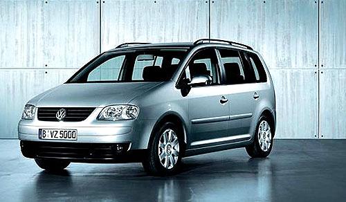 Nový Volkswagen Touran se začíná prodávat na tuzemském trhu