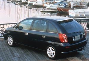 Nová víceúčelová Toyota Nadia