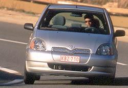 Toyota Yaris svýkonným motorem 1 l