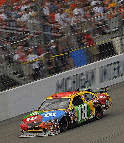 Toyota vstoupila vloni do série NASCAR jako první neamerický výrobce automobilů