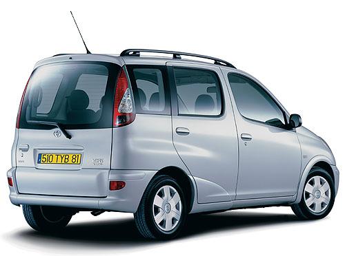Toyota Yaris a Yaris Verso 2003 vbřeznu do prodeje vČR