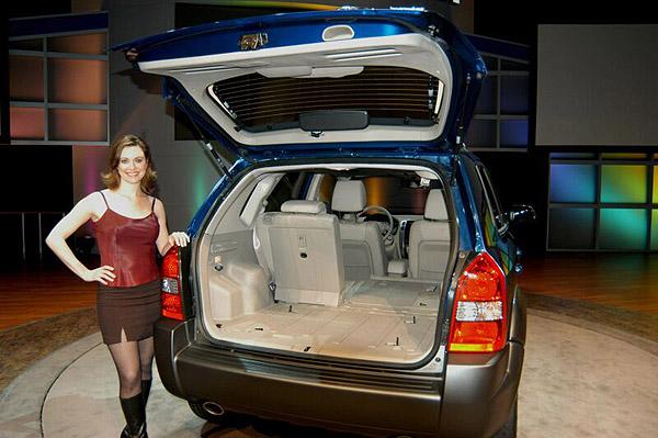 Nový model Hyundai - sportovně rekreační automobil Tucson s pohonem všech čtyř kol