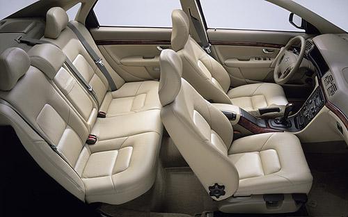 Nové Volvo S80 snovým designem a novým interiérem