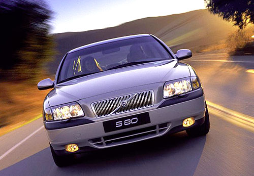 Volvo S80 s aktivním podvozkem FOUR-C