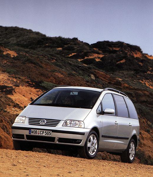 Volkswagen Sharan druhé generace vsrpnu v prodeji