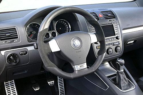 Volkswagen Golf GTI – koncept pro sportovní nadšence na právě probíhajícím autosalonu ve Frankfurtu