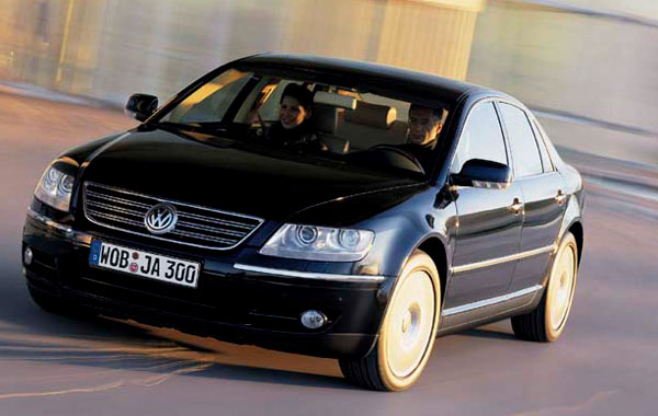 Volkswagen V10 TDI = Engine of the Year 2004